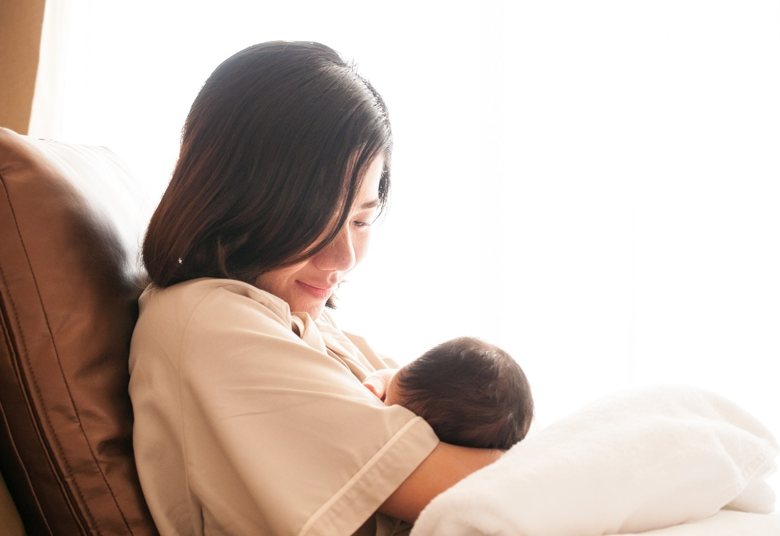 Everything about Breast Milk for New Mothers