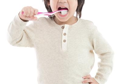 Kiat Perawatan Gigi Anak Autisme