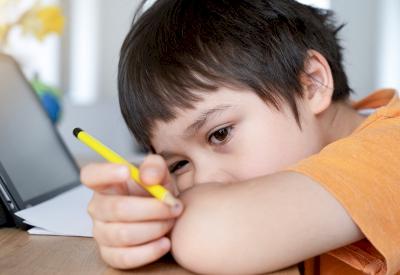 Deteksi Dini Gangguan Konsentrasi pada Anak