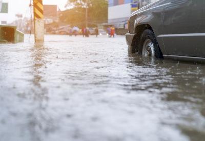 Waspadai Kuman Penyakit Bawaan Banjir