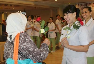 RS Pondok Indah Group Sambut Hari Perawat Sedunia